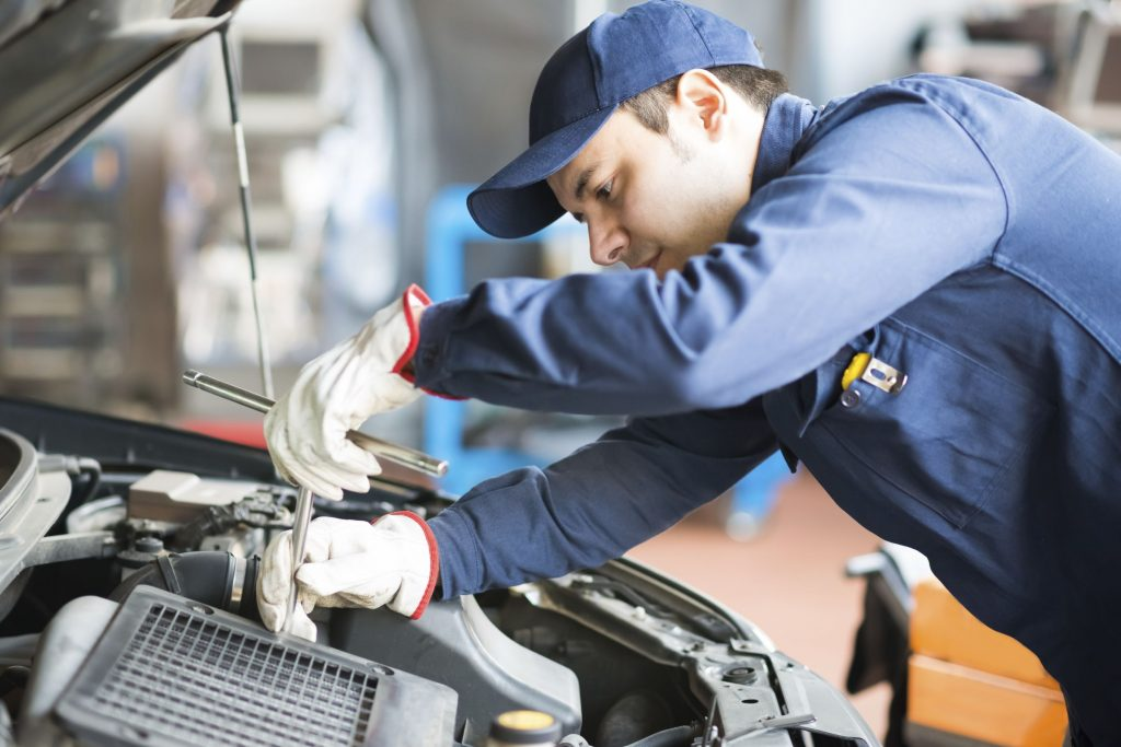 Summer service tips for your vehicle - Memphis, TN